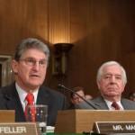 U.S. Senator calls for bitcoin ban