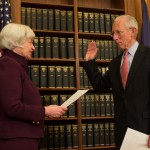 Stanley Fischer sworn in as member of Federal Reserve's board of governors